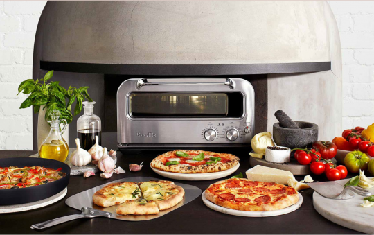 How Does An Indoor Pizza Oven Work?